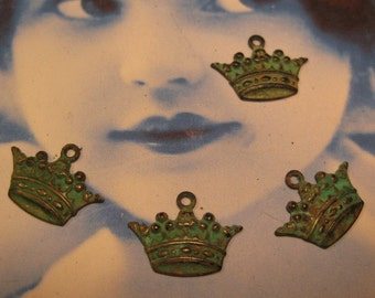 Verdigris Patina Small Crown Charms 385VER x4