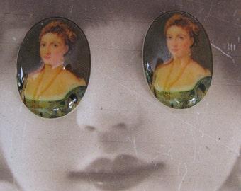 Vintage Renaissance Woman Porcelain 13x18 Cameo Cabochon 1068VIN X2