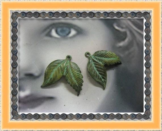 VerdigrisPatina Double Leaf Charms 1159VER x2