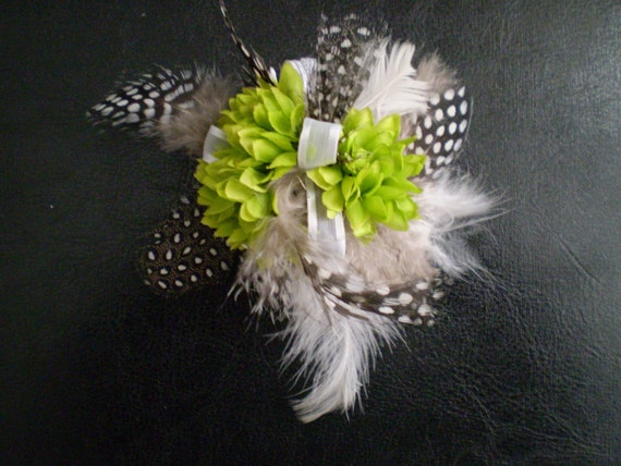 RESERVED FOR ANDREWANDTASHA Think Green With Envy Wrist Corsage Wristlet
