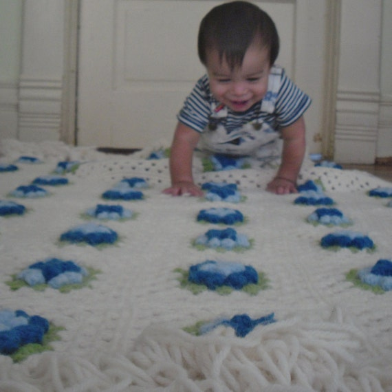 Dreamy Creamy Granny Squares Afghan with Blue Flowers