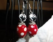 Alabama StyleHoundstooth and crimson and white polka dot earrings