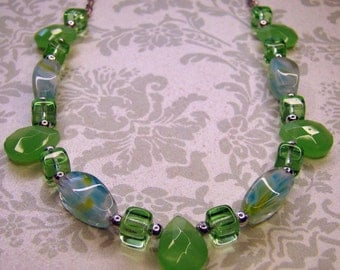 READY TO SHIP - Eva Necklace in Green Opaque - Bella Mia Beads