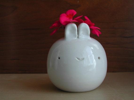 small bunny vase