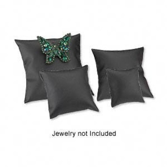 Four Pack Varied Size Black Leatherette Bracelet and Watch Pillow  Retail Displays