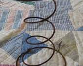 18 Rusty Bed Springs for Primitive Nodders and Makedos