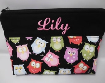 Adorable OWL .... ZIPPERED Diaper Pouch ..... Cosmetic Bag ..