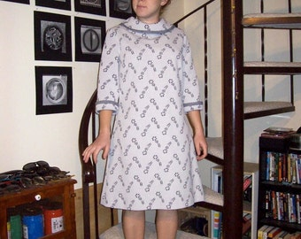 Vintage light grey paisley dress - medium
