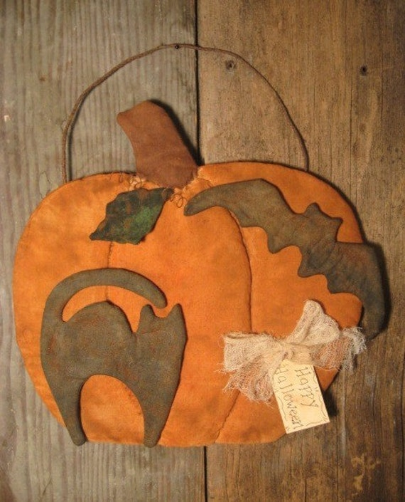 EPATTERN -- Halloween Pumpkin Door Greeter Wall Hanging