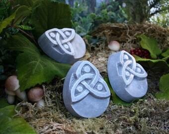 Pot Feet - Set of 3 Concrete Plant Risers with Celtic Triquetra Design