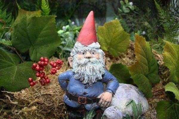 Garden Gnomes On Sale: Concrete Garden Gnomes For Sale Cute Lawn Gnome For
