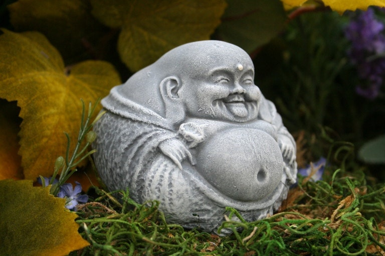 Small buddha statue fat laughing zen master garden decor - Figurine de jardin ...