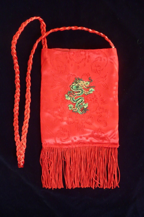 SmartBag, Red Brocade Dragonbag with Green Dragon
