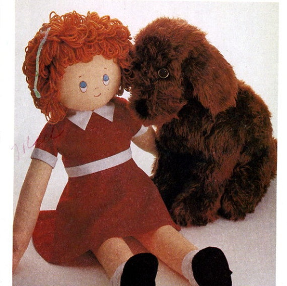 McCalls 8118 Little Orphan Annie Doll and Sandy the Dog UNCUT Sewing Pattern 1982