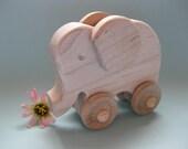 Elephant on Wheels - Natural Maple