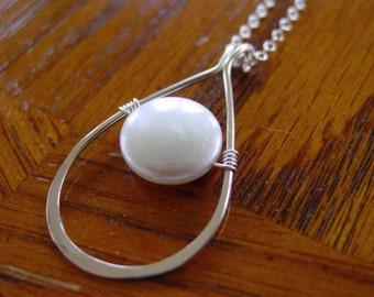 Pearl teardrop