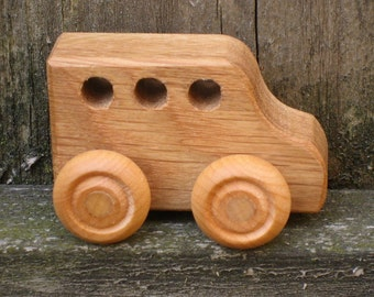 Little Wood Toy Bus