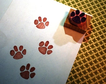 Paw  - hand carved rubber stamp