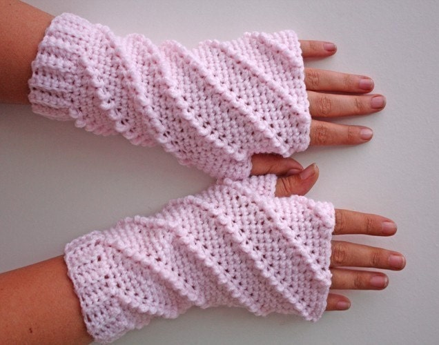 Fingerless gloves with your hands 9