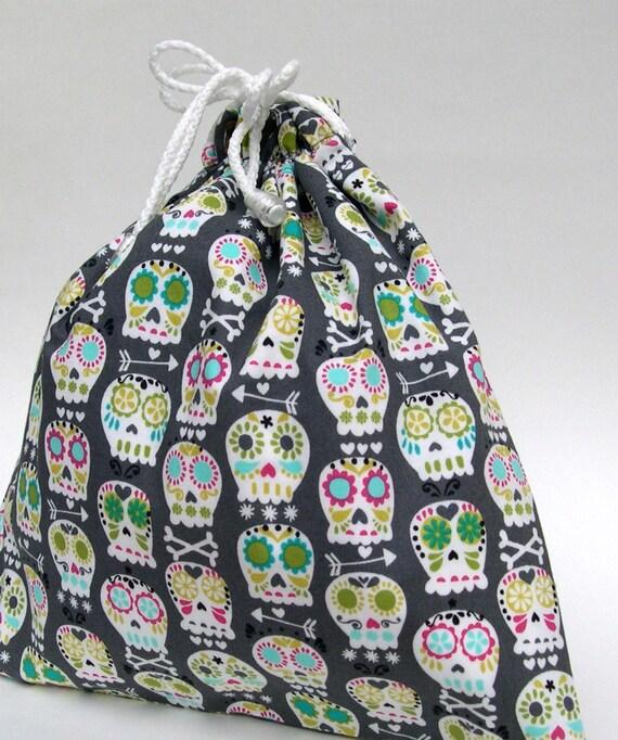 Small Wet Bag in Grey Boneheads