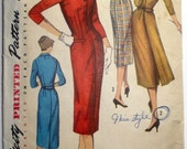 Simplicity 1773 sheath dress with optional attached back panel pattern / Sz 12 / B 32 / 1956
