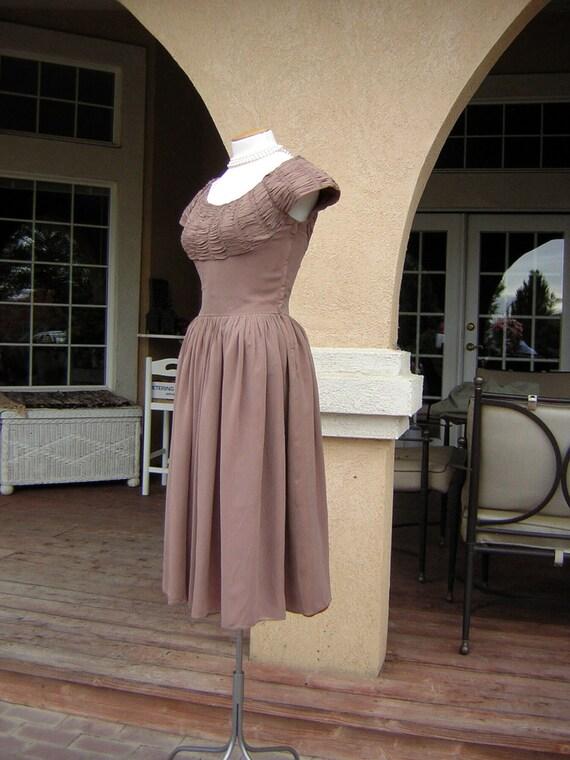 Vintage 1950s Dress - Elegant & Sexy Shirred Mocha Chiffon with Full Skirt S to M