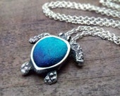 Sea turtle necklace in silver and concrete