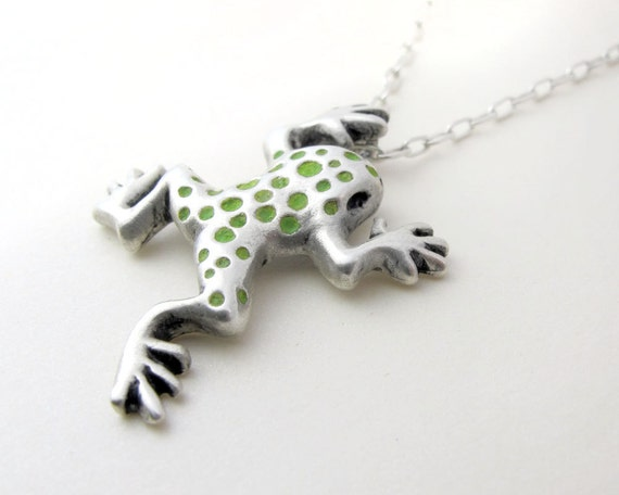 Frog necklace in silver and concrete - sterling frog jewelry