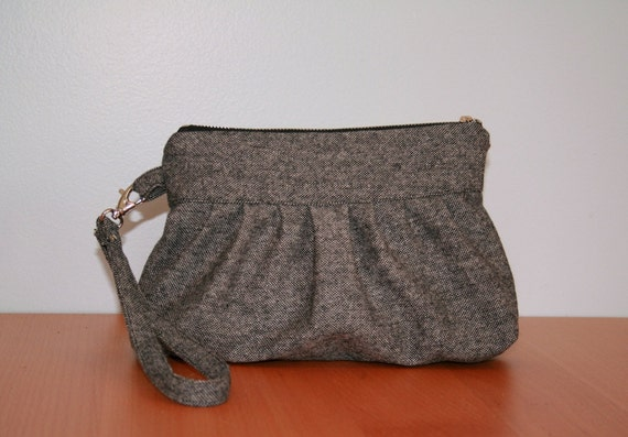 Gray Wool Clutch with zipper