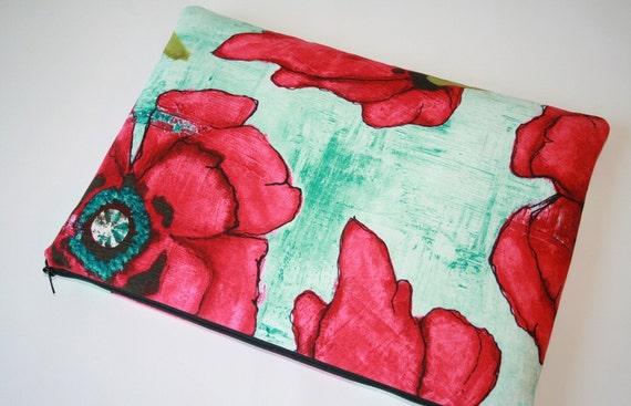 Laptop Sleeve 13 inch Macbook or 13 inch Macbook Pro - Red Poppy