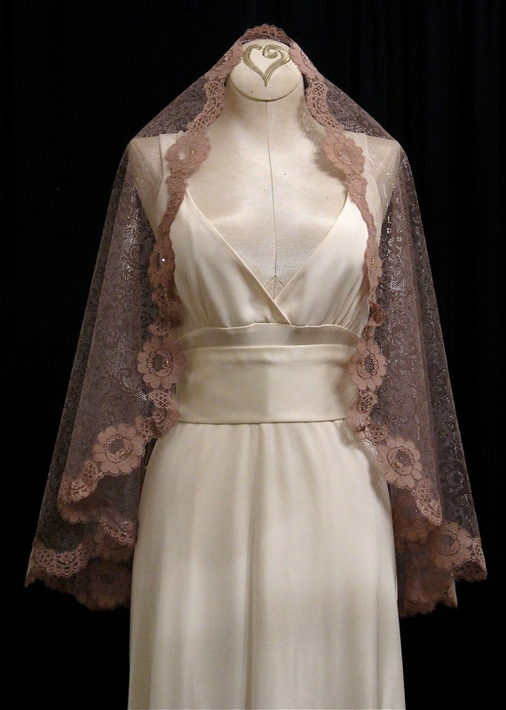 Elbow Length Mantilla Wedding Veil In Light Walnut Color With Mocha Lace