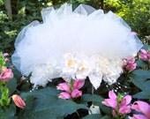 Retro 1980s White Bridal Veil