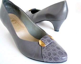 Vintage 1980's Gray Leather and Faux Alligator Pumps, Size 10 B AA