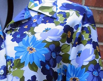 Vintage 1980's Secretary's Blouse, Modern Size 8, Small