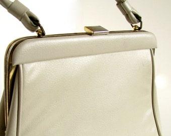Vintage 1970's Beige Handbag with Change Purse