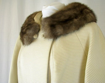 Vintage 1950's Fur Collared Ivory Winter Coat, Modern Size 16, Large