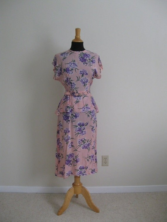vintage 1940s 1950s Pink and Purple Floral Silk Dress with Peplum and Belt Small Medium