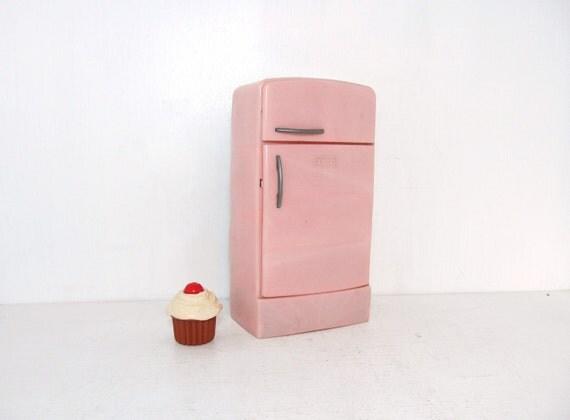 Vintage Pink Toy Fridge