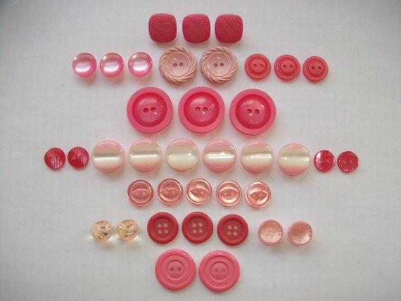 Pretty In Pink Vintage Button Sets