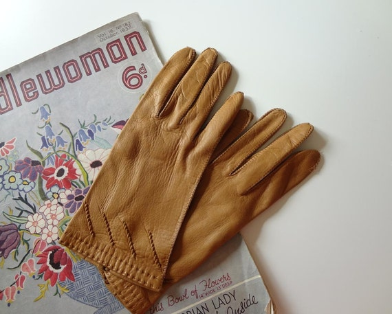 Vintage Leather Gloves for Women - EnglishPreserves