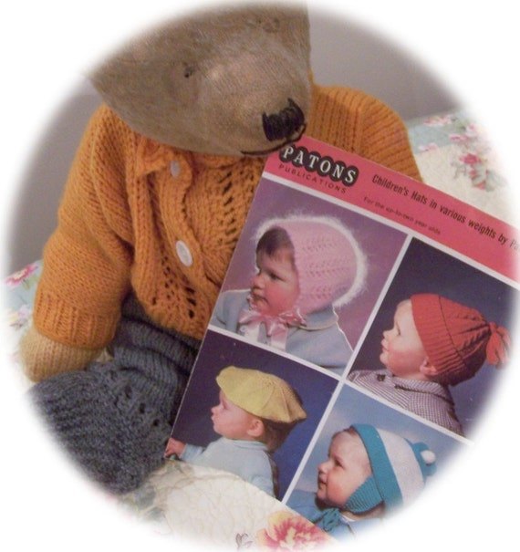 Vintage Knitting Booklet Patons Beehive Baby Hats Up to 2