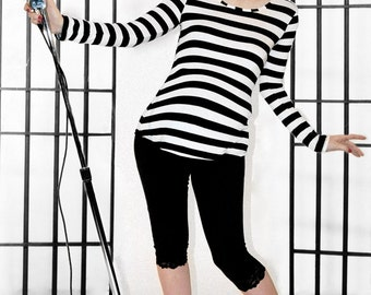 Maternity Striped Top trendy Pirate Punk by MamaSan Maternity