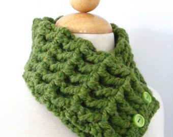Womens Scarf Green Scarf Green Scarflette Womens Scarflette Green Grass Crochet Scarf Crochet Scarflette Button Scarf Button Scarflette