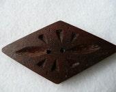 Wood Button Rombo oscuro