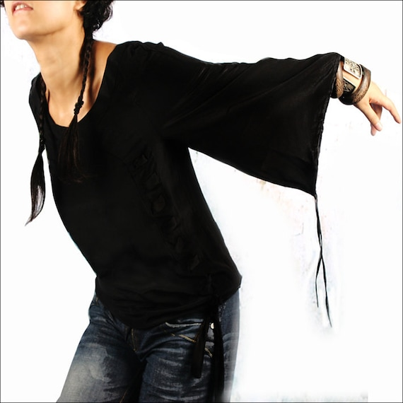 White Moonlight - bell sleeve blouse / boho blouse (Y1006)