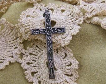 Vintage Sterling Silver Floral Motif Choir Cross