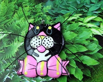 Large Vintage Kitschy Kitty Wooden Charm