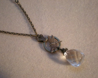 oO CRYSTAL DRAGONFLY Oo Brass medieval necklace