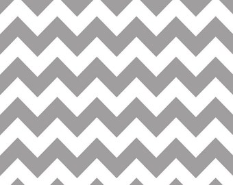 Riley Blake Designs, Medium Chevron in Gray (C320)