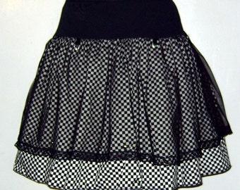 Checkered knee length skirt